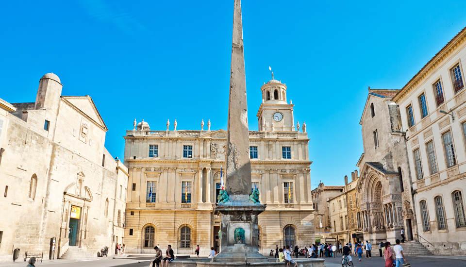 """Arles, a cidade """"Arte e História"""""""
