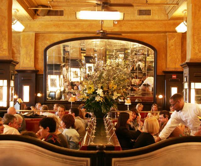 best-nyc-restaurants-christmas-balthazar