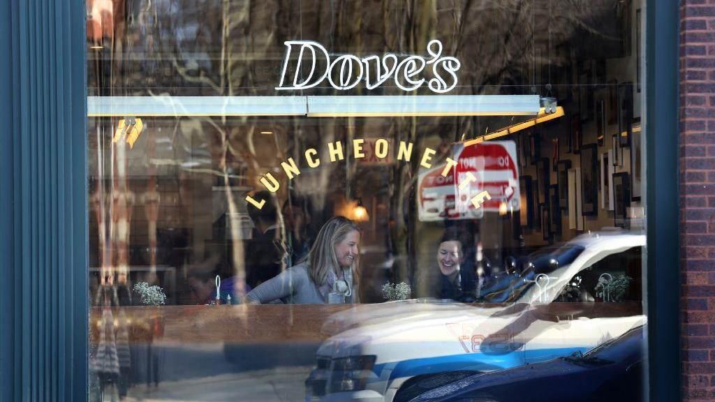 chi-city-restaurant-roundup-doves-luncheonette-001