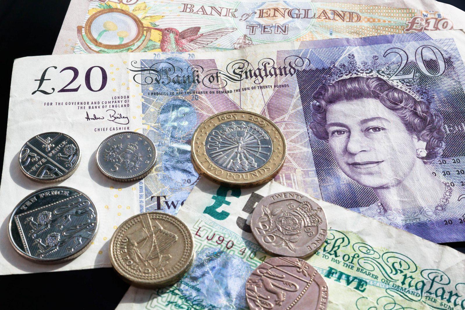 Como conseguir as melhores taxas de cambio para a sua viagem